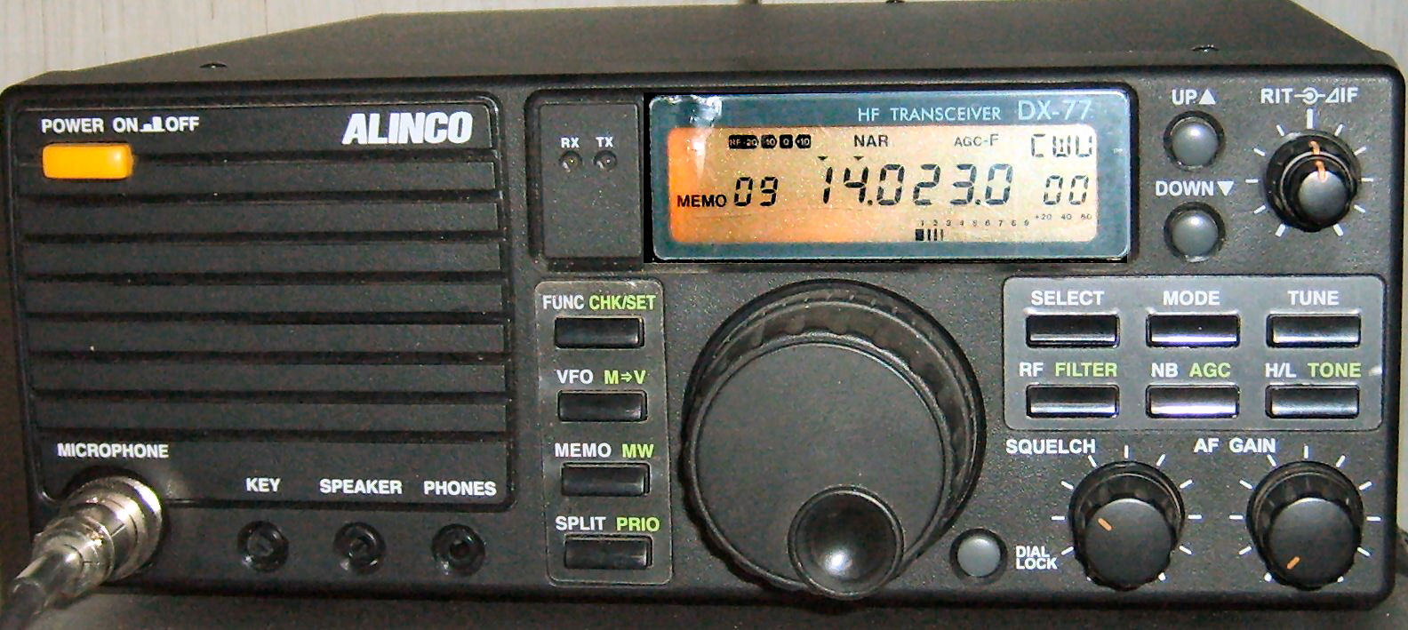 President Grant Classic 20 120ch besides Kenwood Trio TS 700 besides Yaesu FT 107M besides Cherokee Nightrider 20150 together with Ham 20International Concorde 20III. on tx rx radio