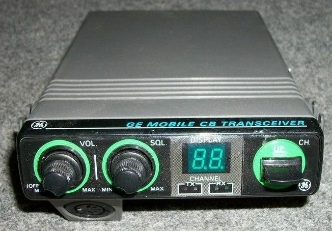 RadioPics Database - CB Radio - General Electric 3-5809B